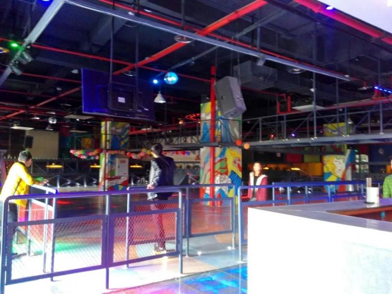 重庆寿喜福餐饮文化有限公司 主营餐厅,网吧,ktv,台球室,溜冰场,茶楼